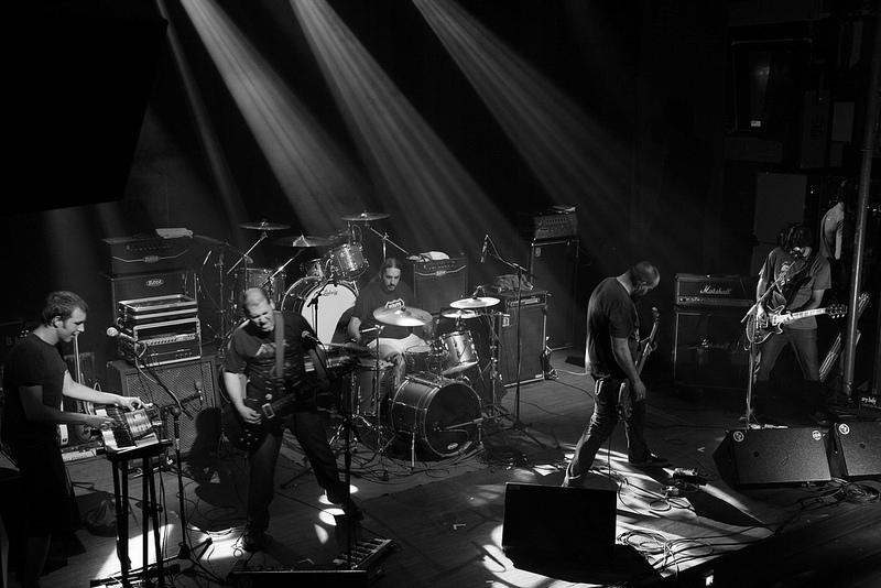 Neila Band Live