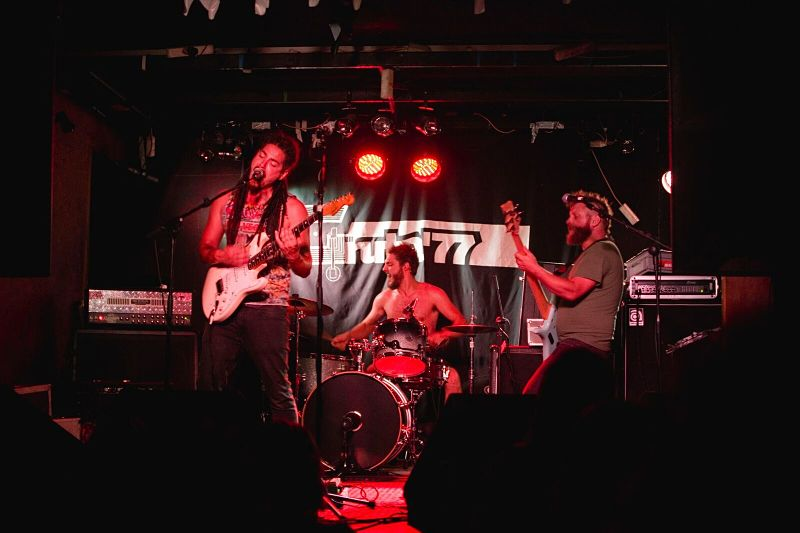 Sons Of Morpheus Live Band_opt