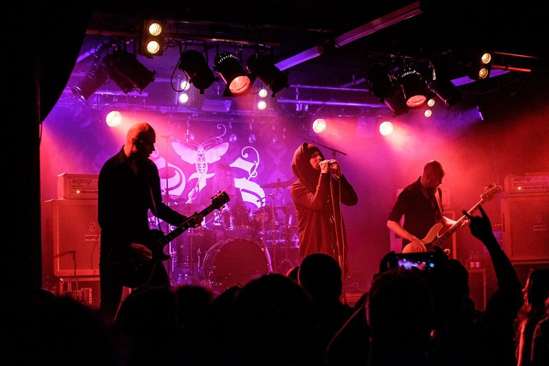 swallow-the-sun-live-band_opt