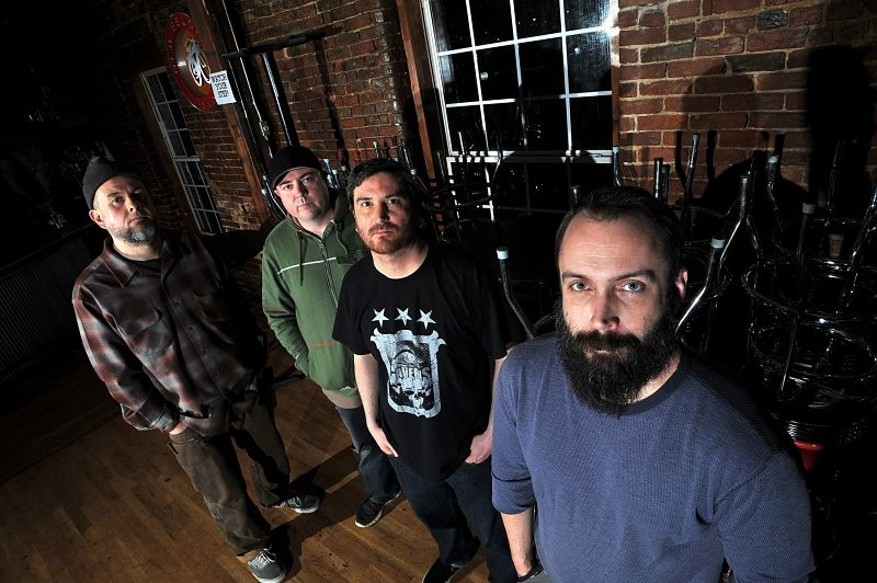 clutch-band_opt