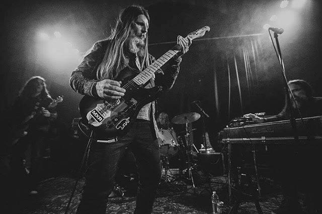 earth-live-band