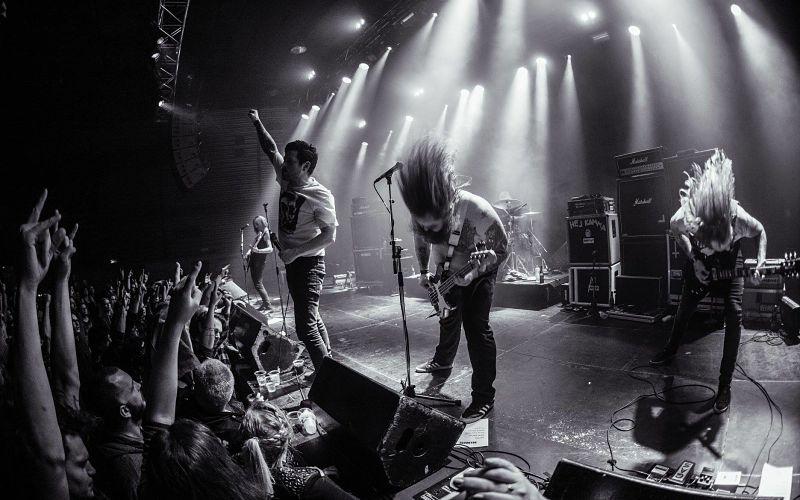 helhorse-live-band