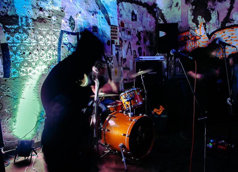 ancestro-live-band