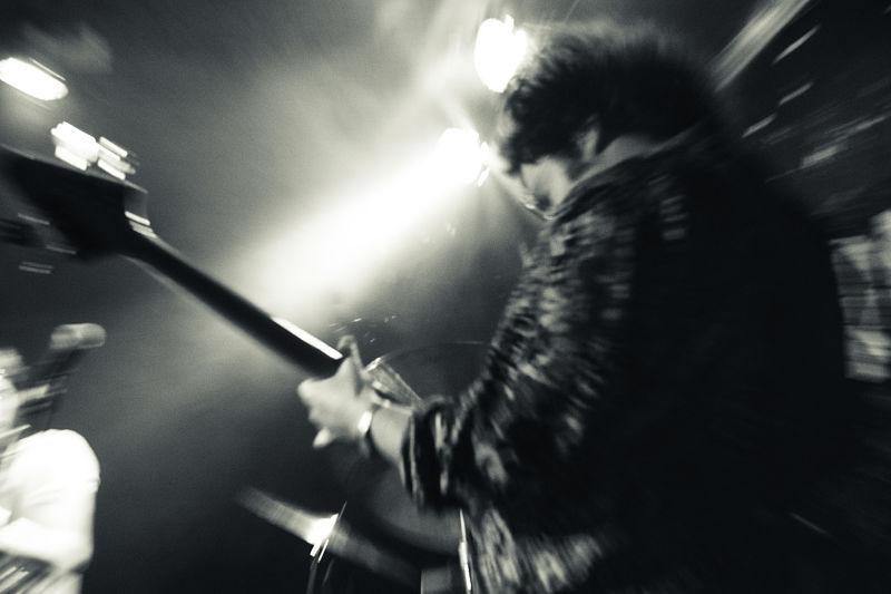 solar-corona-live-band-2