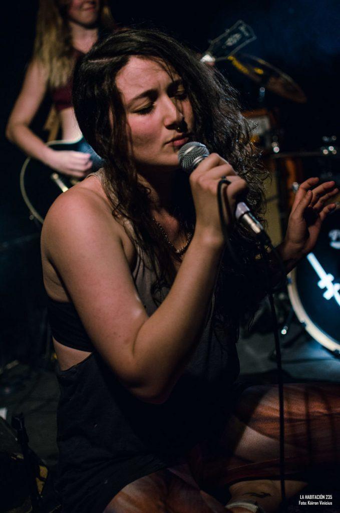 bones-of-miverva-live-band