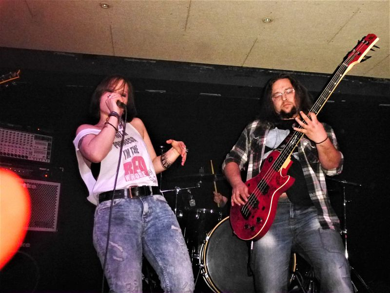 red-whore-live-band